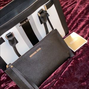 MK Purse & Clutch Wallet